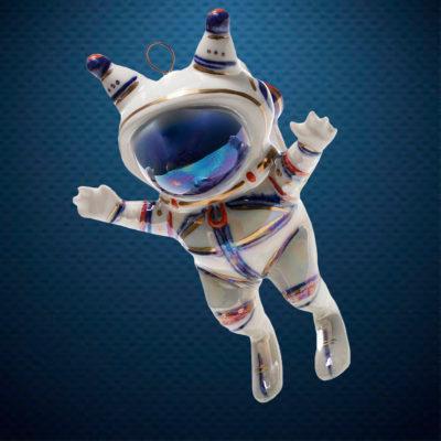 Фарфоровая елочная игрушка из серии Космос Фарфоровая Мануфактура Космо-белка